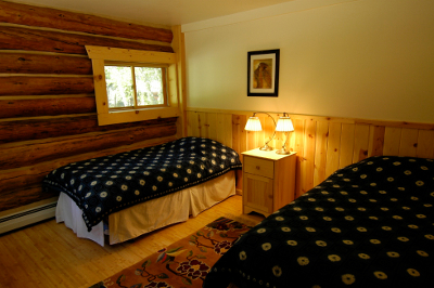 Feathered Pipe Ranch - Ranch Chalet