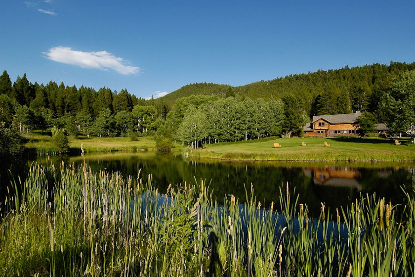 Feathered Pipe Ranch - Corporate Retreats & Leadership Roundtables
