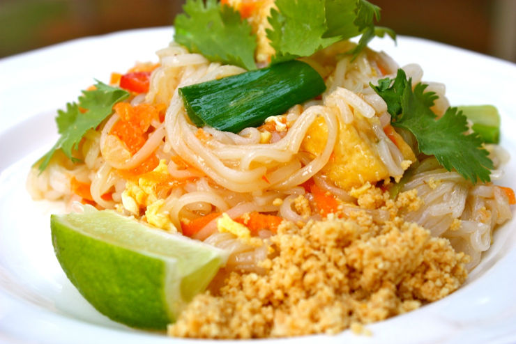 Feathered Pipe Kitchen - Pad Thai