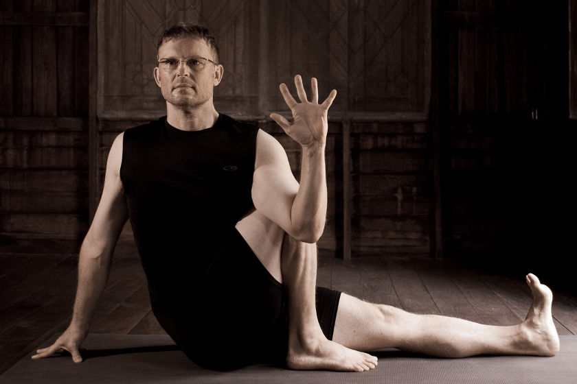 Gernot Huber - Yoga Body Yoga Mind