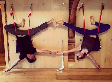 Ariel Karass & Giulia Pline - Yoga & 5Rhythms Dance Retreat